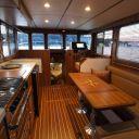 Helmsman Trawlers 31 Sedan