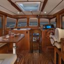 ~43 Pilothouse Pilothouse Looking Forward